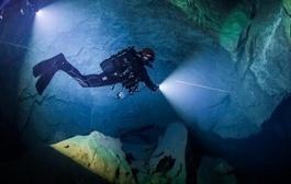 Vrelo Cave: Polish Diver Krzysztof Starnawski Breaks Diving Record - Independent.mk   spéléo   Scoop.it