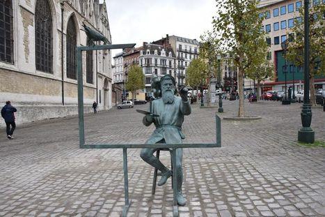 La statue de Brueghel aux portes des Marolles #bruxelles #art #urbanisme   Cadre(s) de vie - Mode(s) de vie   Scoop.it