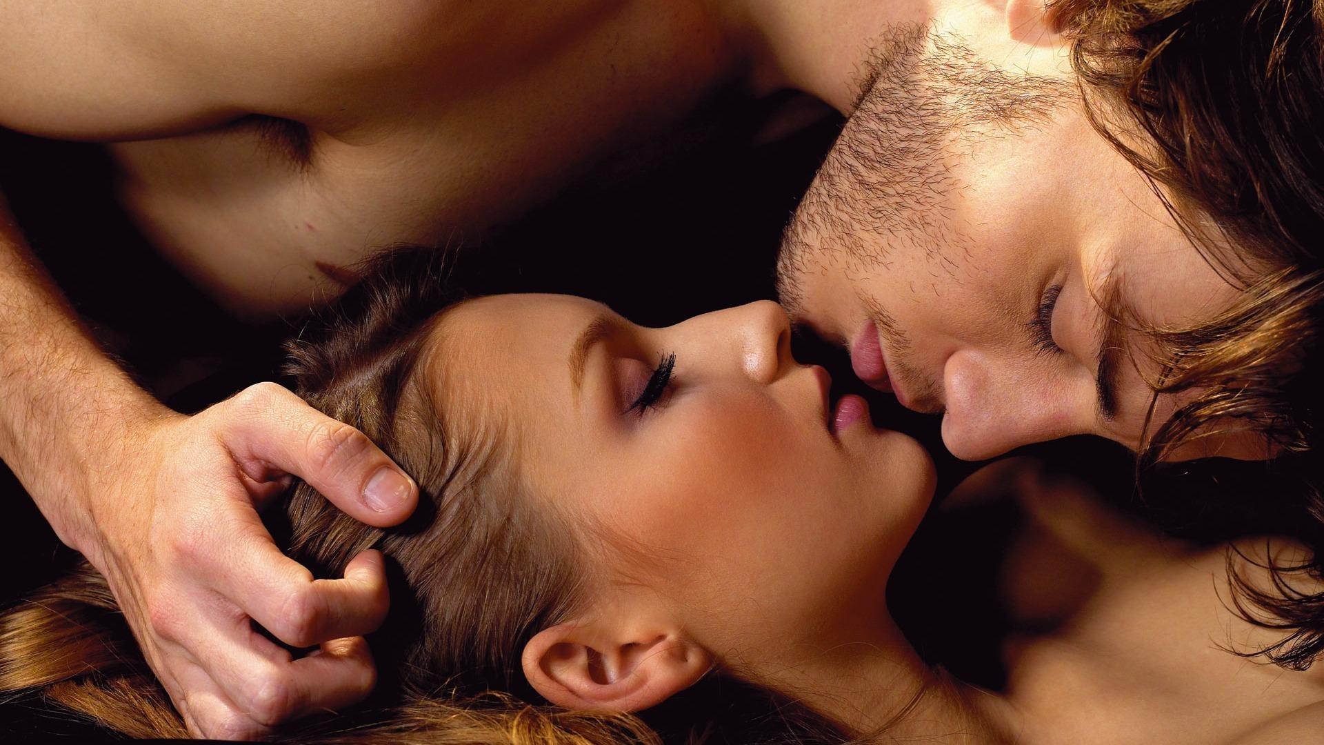 Смотреть онлайн камасутра для влюбленных 27 фотография