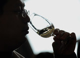 New Chinese Luxury: Pairing Wine With Duck, Not Sprite | Vitabella Wine Daily Gossip | Scoop.it