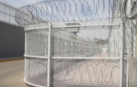Habitantes de Xochicuautla denuncian que policías del Edomex los desalojaron sin mostrarles permisos | Activismo en la RED | Scoop.it