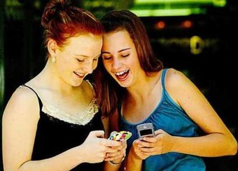 Not Waving But Drowning: Social technologies haven't killed teenagers' ability to communicate | The internet generation | Scoop.it