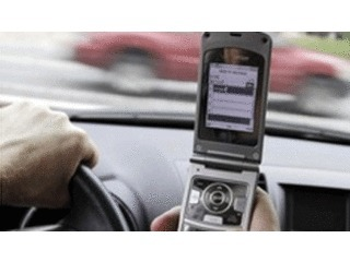 Texting and Driving, a Closer Look at the Dangers | Texting while driving | Scoop.it
