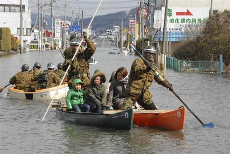 [Diaporama] Sauvetages et chaos au lendemain du séisme - Libération | Japon : séisme, tsunami & conséquences | Scoop.it