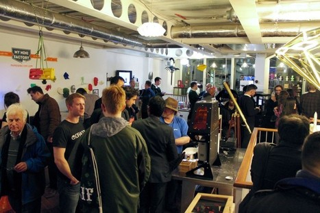 3D Printing Enthusiasts Celebrate Christmas Early at iMakr's Annual Holiday | Maker Stuff | Scoop.it
