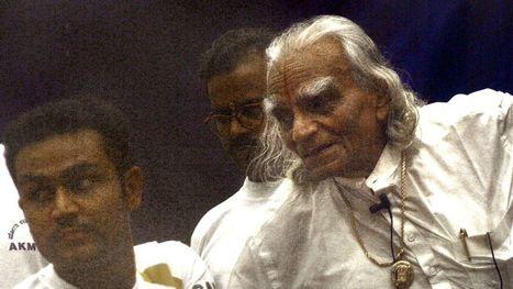 Le maître du yoga moderne, BKS Iyengar, est décédé à 95 ans - RTBF   yoga iyengar   Scoop.it