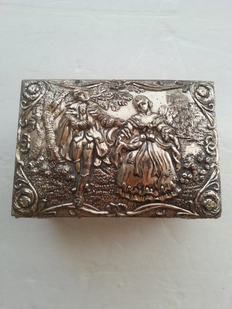 Vintage Victorian Lovers Ornate Silver Flowered Jewelry Box ** 1950s 1960s Signed Japan Trinket Box ** Retro Vanity Mid Century Home Decor | Vintage Jewelry and Other Vintage Treasures | Scoop.it