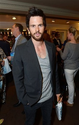 A Curious Night at the Theatre | Tom Riley | Tom Riley | Scoop.it
