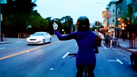 These Chic Bike Gloves Flash Turn Signals While You're Riding, So Cars Won't Hit You | world issues | Scoop.it