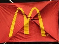 Ex McDonald's Employee Sues Because She Doesn't Want Her Paycheck On A Prepaid Debit Card | Radio Show Contents | Scoop.it