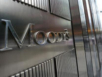 Moody's strips U.K. of coveted AAA bond rating | impresa | Scoop.it