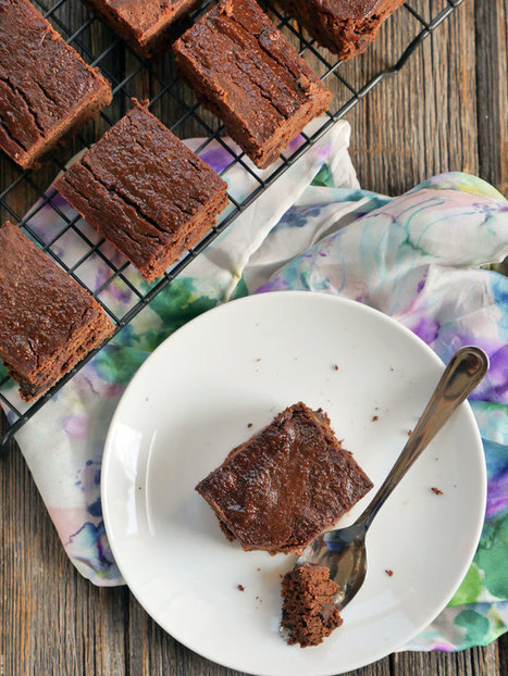 Coconut Flour Chocolate Cake - My Heart Beets | Nutrition & Recipes | Scoop.it