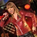 "Justin Bieber and Taylor Swift Perform at ""Dick Clark's New Year's Rockin' Eve"" 