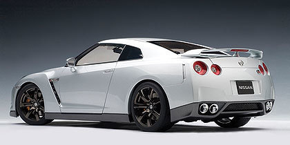 Make the Car Collection Fabulous With   Nissan GT-R (R-35) Models | Motorfocus Diecast Models | Scoop.it