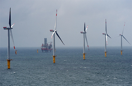 Offshore Wind Begins US Take-Off | INTRODUCTION TO THE SOCIAL SCIENCES DIGITAL TEXTBOOK(PSYCHOLOGY-ECONOMICS-SOCIOLOGY):MIKE BUSARELLO | Scoop.it