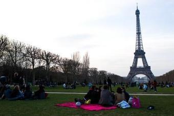 20 avril. Chasse aux oeufs de Pâcques au Champs de Mars. | Paris, sous toutes les coutures | Scoop.it