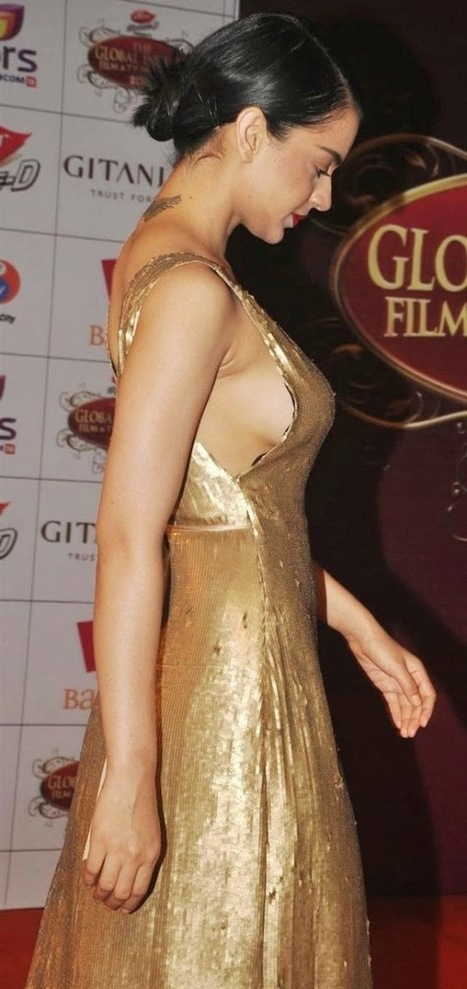 Hot Bollywood Gifs: Shocking Hot Pictures of Indian Celebrities   Bollywood Glitz 24- Hot Bollywood Actress   Scoop.it