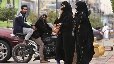 First Saudi women register to vote | AP Human Geography | Scoop.it