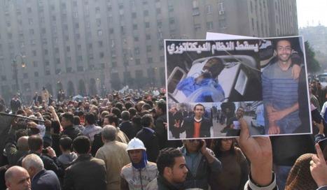 In Pictures: Double funeral in Tahrir | Égypt-actus | Scoop.it