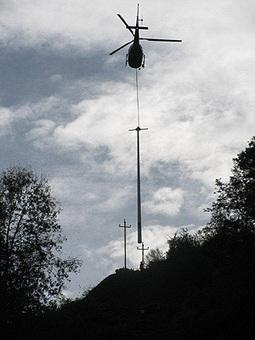 ERDF réalise un chantier d'héliportage de poteaux sur les communes de Gouaux et Grézian | Vallée d'Aure - Pyrénées | Scoop.it