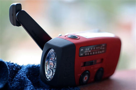 How to Choose a Reliable Emergency Radio (and Some Good Ones to Buy) | Bushcraft Tactical Survival | Scoop.it