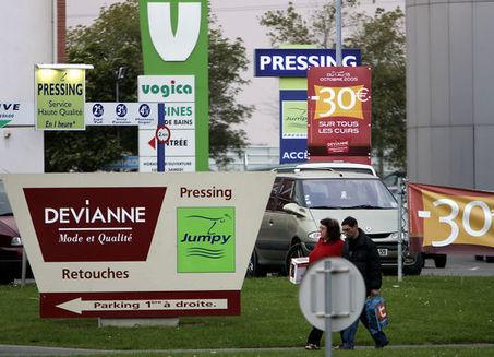 Le gouvernement revient sur l'interdiction de certains panneaux d'affichage publicitaire | SandyPims | Scoop.it