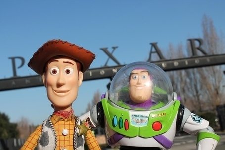 "How The Shot-By-Shot Remake Of ""Toy Story"" Was Made 