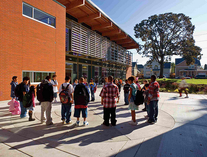 Looking for a model of a walkable, green, community-serving school? Start here. | Kaid Benfield's Blog | Switchboard, from NRDC | Great Books | Scoop.it