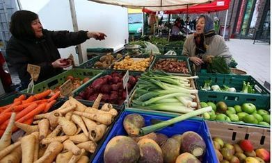 Farmers' markets aren't enough: doing the right thing is still too expensive | Climate Smart Agriculture | Scoop.it