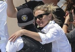 Cameron Diaz marries Benji Madden at her Beverly Hills in Los Angeles - Celebrity News Live! | Celebrity News Live! | Scoop.it