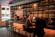 Internet daters love the single-beverage bar | Vitabella Wine Daily Gossip | Scoop.it