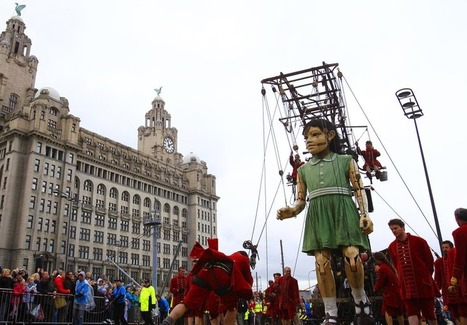 In pictures: Second day of giants | World of Street & Outdoor Arts | Scoop.it