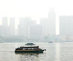 Apocalyptic scenes as smog engulfs Singapore | Sustain Our Earth | Scoop.it