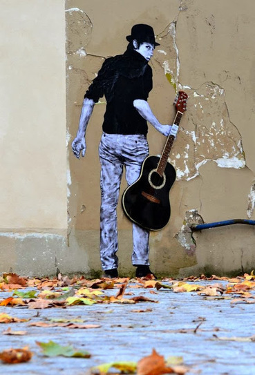 "Levalet ""Orphee"" New Street Piece - Paris, France 