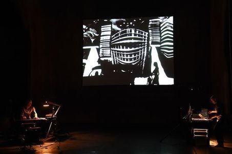 «Dark Circus», un savoureux éloge du ratage | Revue de presse théâtre | Scoop.it