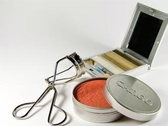 Beyond Parabens: 7 Common Cosmetics Ingredients You Need to Avoid | Olivier LAVANCIER | Scoop.it