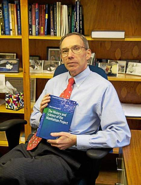 Alma College author documents history, science of Manhattan Project - The Morning Sun | science didactic | Scoop.it