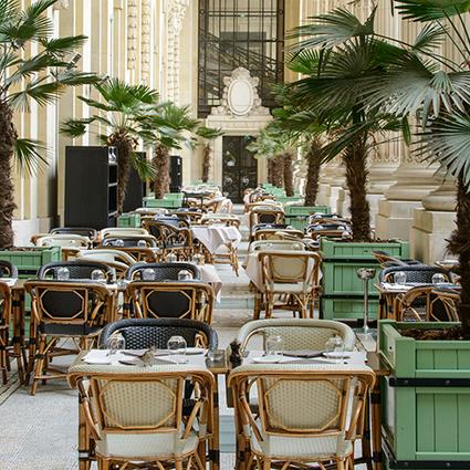 La terrasse du Mini Palais, lieu idéal pour profiter des beaux jours | Les Gentils PariZiens : style & art de vivre | Scoop.it