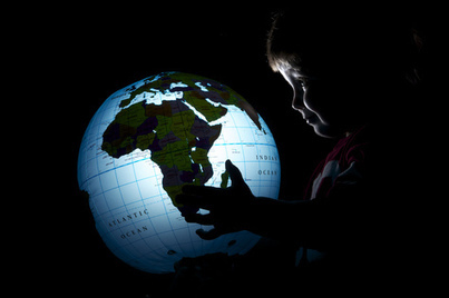 Five for Friday: Getting a Global Education from Social Media - My Wonderful World Blog | Lowton's Scoop (it) on Social Media in Education | Scoop.it