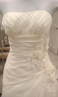 Alita Graham Size 14   Wedding Dresses   wedding  and event   Scoop.it
