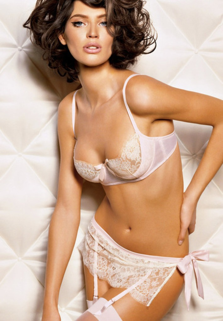 Another example of the kind of bra I was talking about this... | Lingerie Love | Scoop.it
