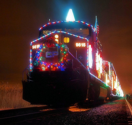 How Public Transit Celebrates the Holidays | green streets | Scoop.it