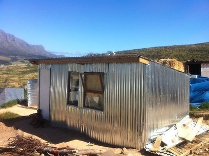 South African Settlement Welcomes the iShack | Fair Building Network | Scoop.it