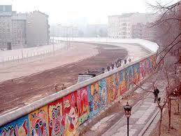 November in History: The Berlin Wall | Topical English Activities | Scoop.it