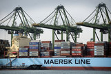 Biggest Shipping Line Says Emerging Market Warnings Misplaced - Bloomberg | container traffic | Scoop.it