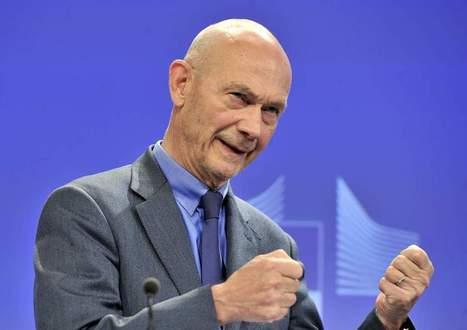 Remaniement: Pascal Lamy ne veut pas d'un poste de ministre | Panorama économique | Scoop.it