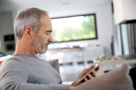 For the first time, the majority of Americans are using smartphones -- even seniors   Kickin' Kickers   Scoop.it