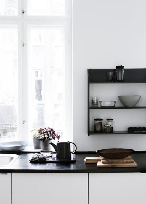 Chez…Yvonne Koné, simplicité en noir et blanc | décoration & déco | Scoop.it
