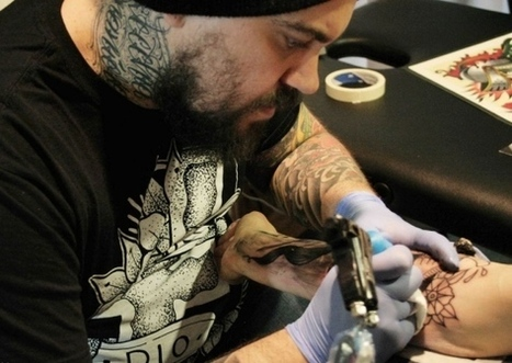 In Fvg si scatena la guerra dei tatuatori  - Cronaca - Il Piccolo | Tattoo Tattoo Convention and more | Scoop.it