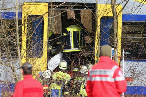 2 German trains collided head on, killing at least 9 people | LibertyE Global Renaissance | Scoop.it